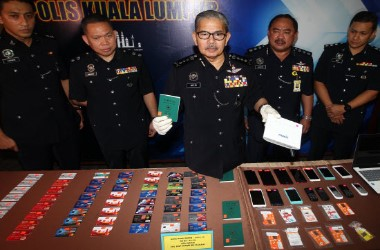 Illegal Online Gambling Operation in Malaysia Busted